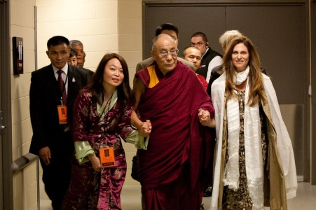 Niki Caro gives thanks to His Holiness the 14th Dalai Lama
